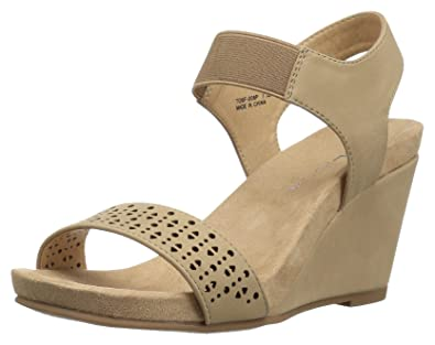 bea94a1a0578 CL by Chinese Laundry Women s Tatum Wedge Sandal