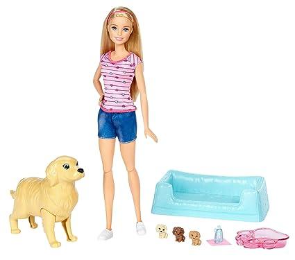 Barbie y sus perritos sorpresa, muñeca con accesorios (Mattel FDD43)