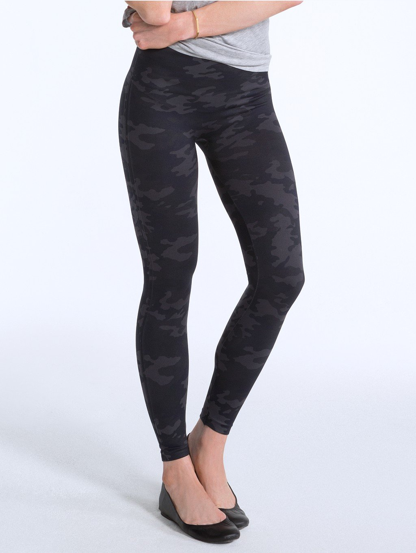 SPANX Women's Seamless Camo Leggings, Black Camo, Large