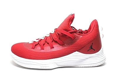 8eb1c941b2e983 NIKE Men s Jordan Ultra Fly 2 Low Basketball Shoes  Amazon.co.uk  Sports    Outdoors