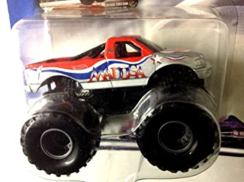 Amazoncom HOT WHEELS  MONSTER JAM  Red  Silver MADUSA Monster