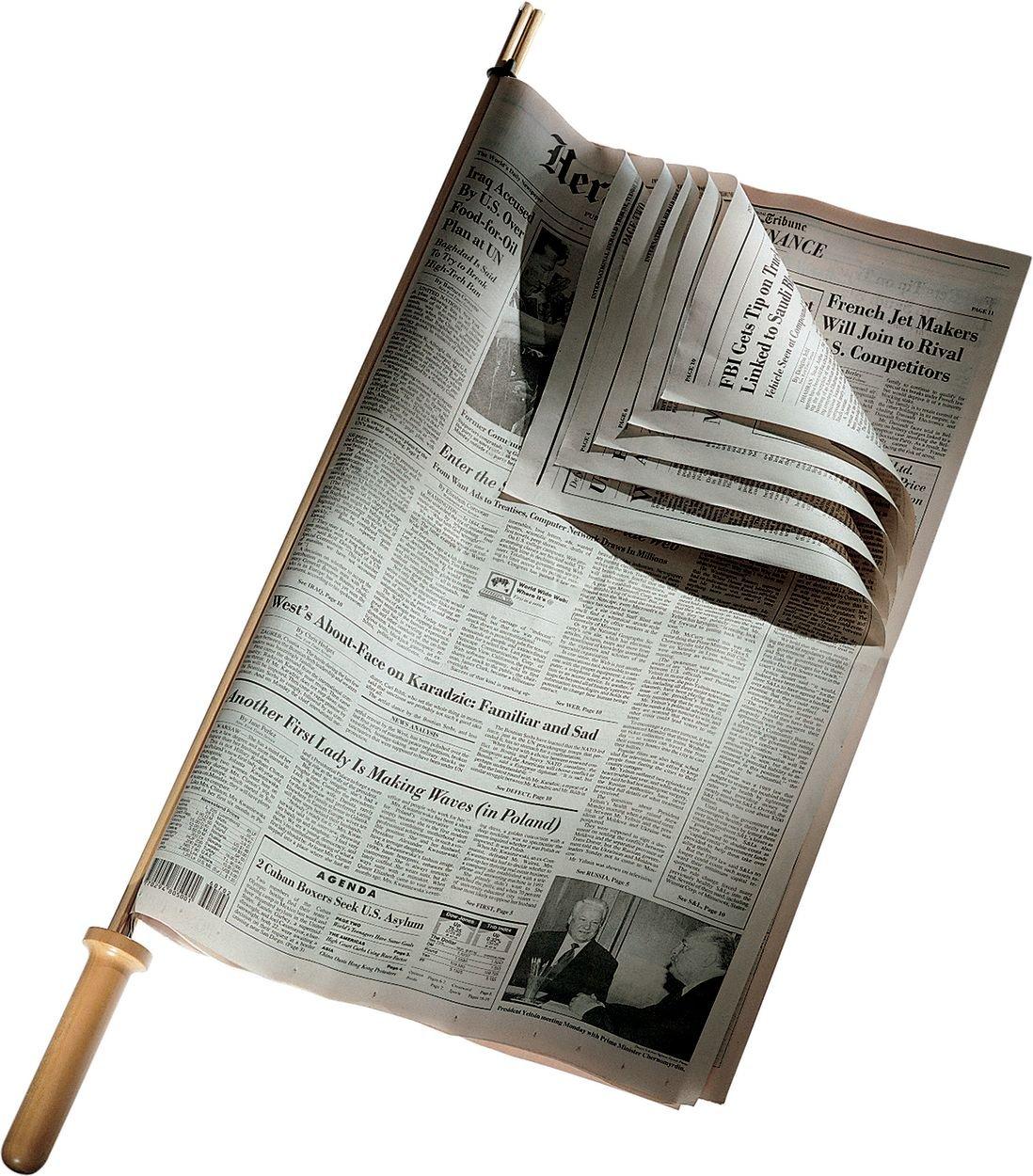 Alessi CO1096 - Soporte de madera para periódicos (75 x 5 cm) Alessi Deutschland GmbH