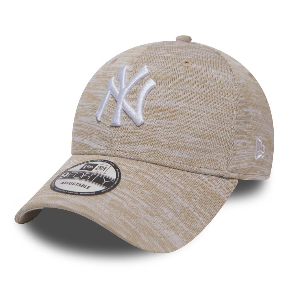 New Era Engineered Fit 9Forty Cap