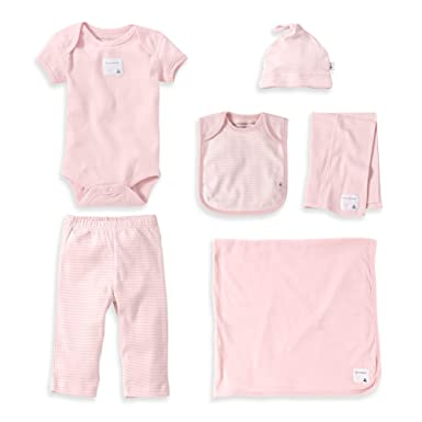 16c6eebdb Amazon.com  Burt s Bees Baby - Girls Take Me Home Gift Set - 6-Piece ...