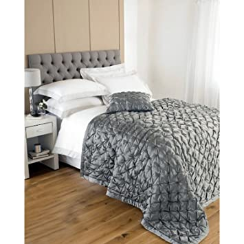 Luxury Quilted Bedspreads Bed Throw - Faux Silk & Cotton Bedspread ... : grey quilted comforter - Adamdwight.com