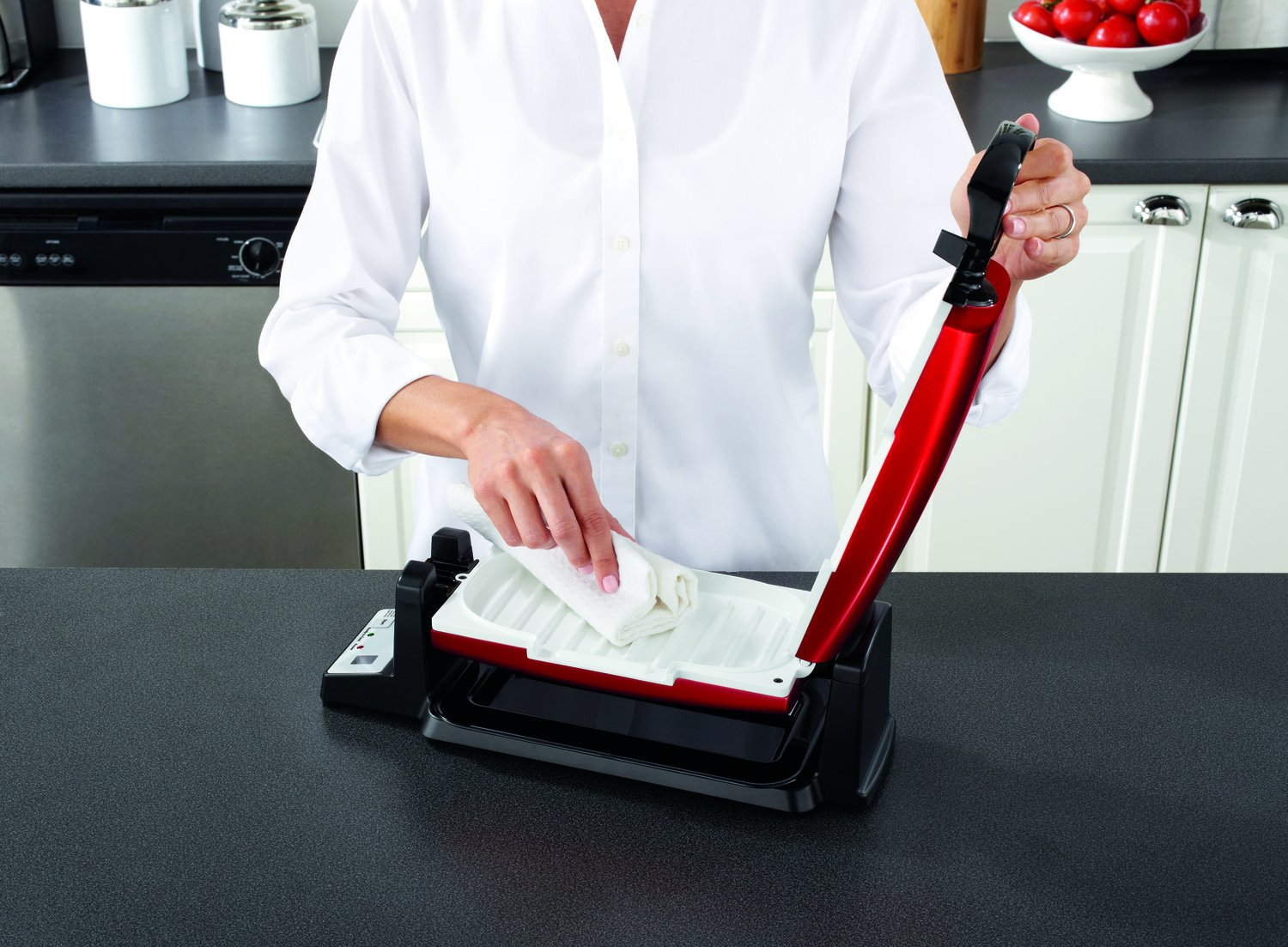 Oster 7-Minute Grill with DuraCeramic Coating and Digital Timer, Red/White, CKSTCG22R-ECO by Oster (Image #5)