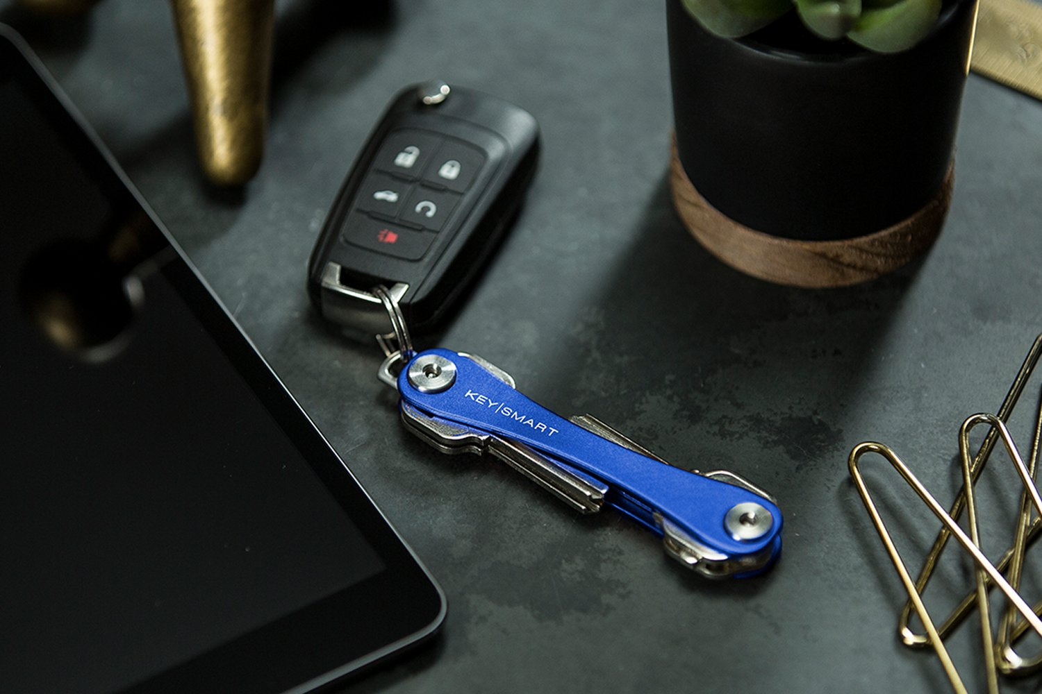 KeySmart Compact Key Holder and Keychain Organizer up to 8 Keys, Midnight Diamond