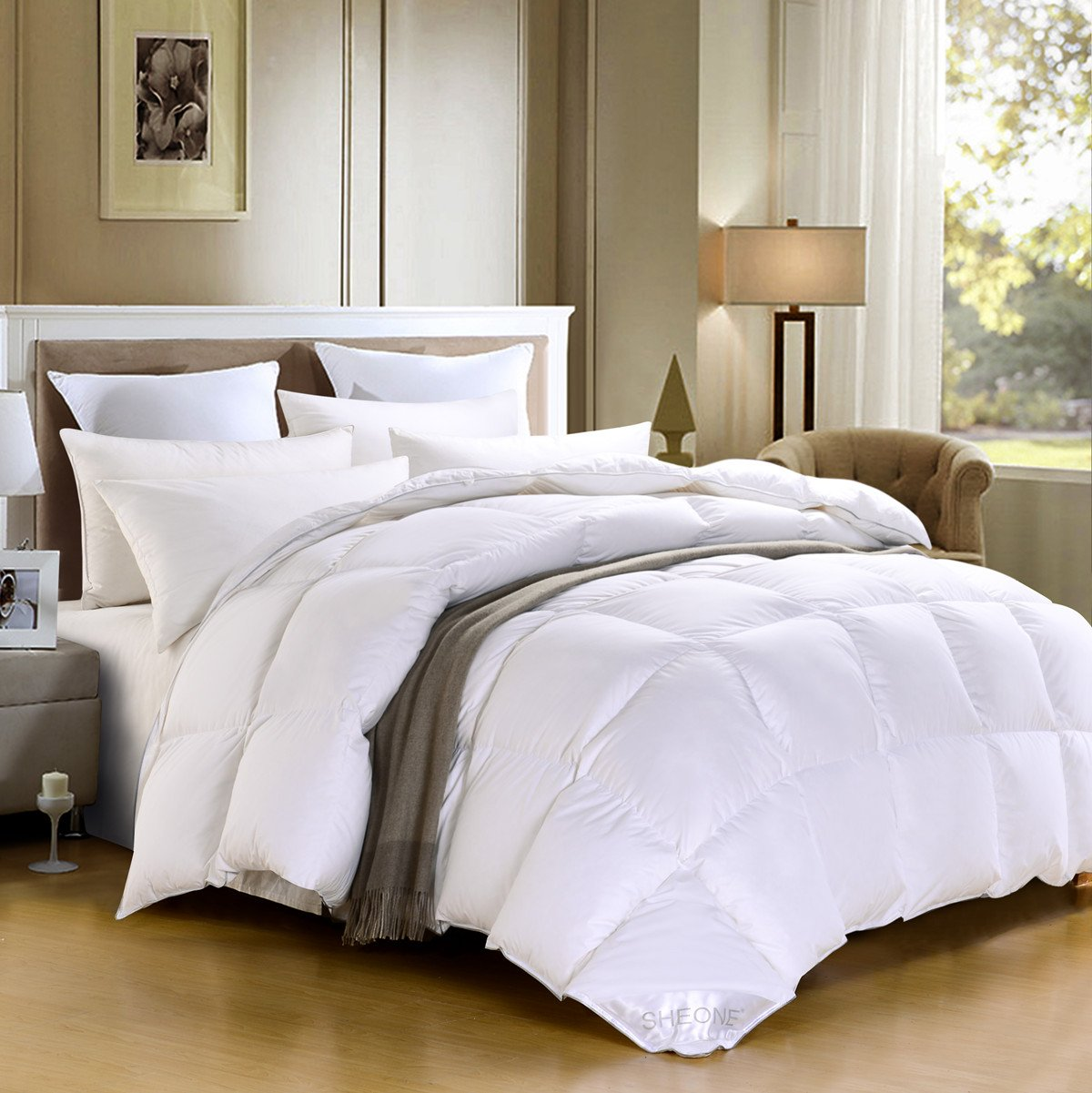 SHEONE Lightweight White Goose Down Comforter-600 Fill Power-100% Cotton Shell Down Proof-Solid White Hypo-allergenic Duvet Insert With Tabs (Queen) by SHEONE