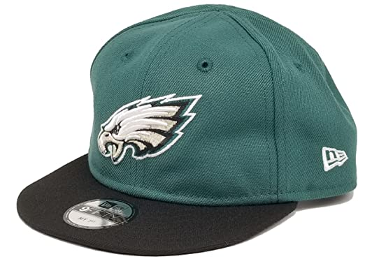 Amazon.com  Authentic My 1st Infant NFL Philadelphia Eagles Team ... 1840d277df7