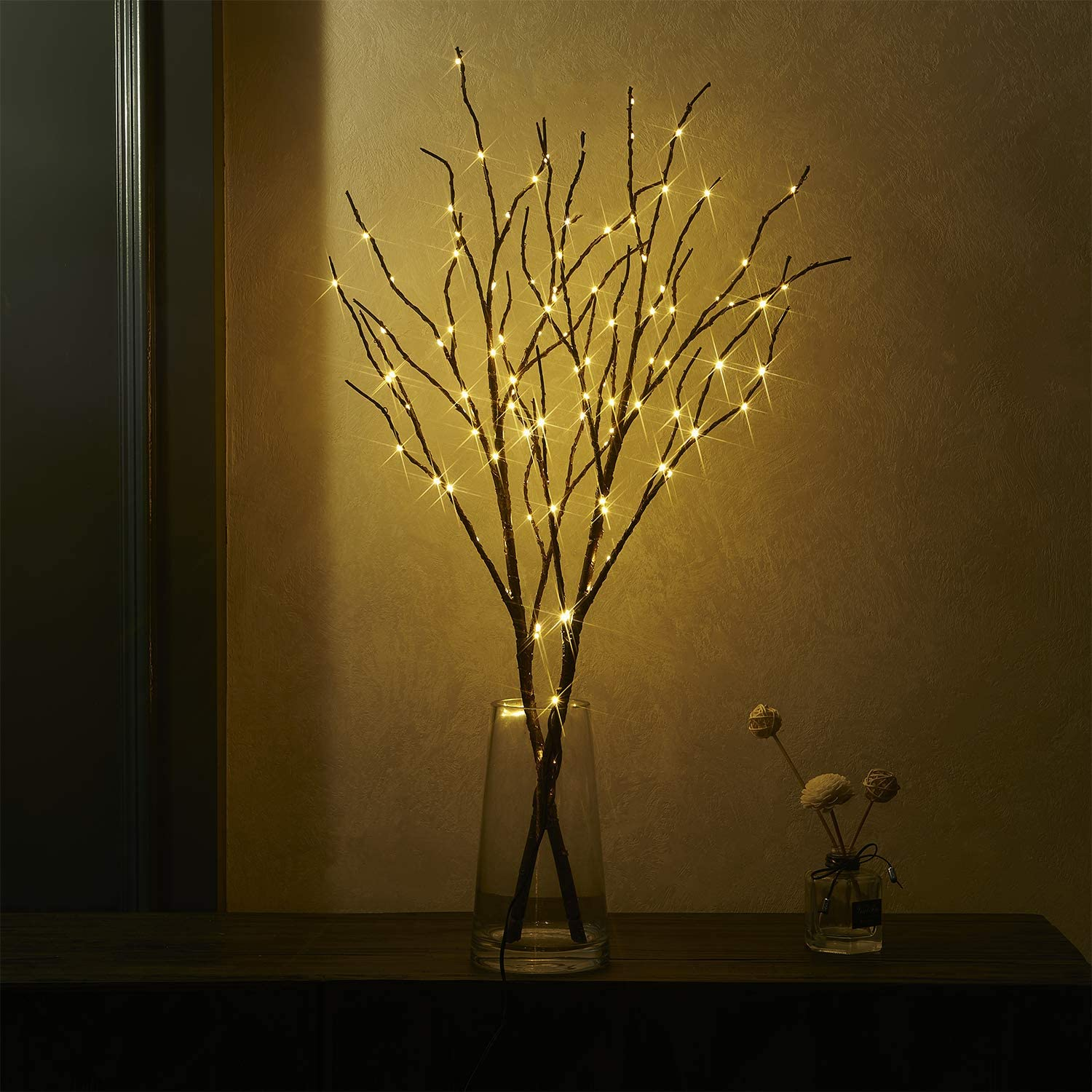 Fudios Branch Lights Battery Operated with Timer Willow Branches with Lights for Vase Twig 32IN 100 LED Outdoor and Indoor Holiday Party Decor