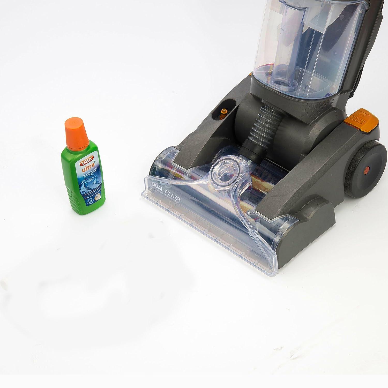 Der Waschsauger von Vax bei der Teppichreinigung