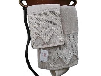 Tessitura a mano: toallas de baño tejidas a mano en algodón y el cáñamo.