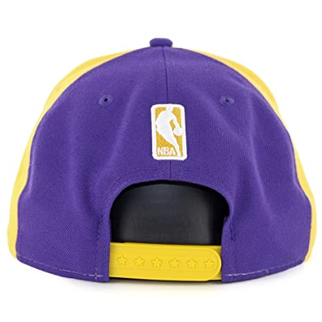size 40 40395 bf7cf Amazon.com   New Era Los Angeles Lakers Team Retro Wheel Snapback Hat    Sports   Outdoors