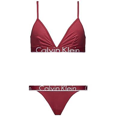 79d7c56a5 Calvin Klein Women s Underwear Gift Set (Triangle   Tanga) Lingerie   Amazon.co.uk  Clothing