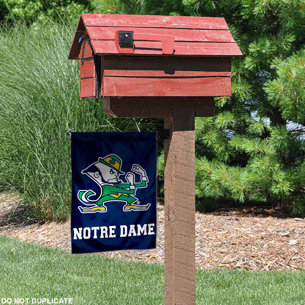 Notre Dame Fighting Irish Garden Flag and Yard Banner