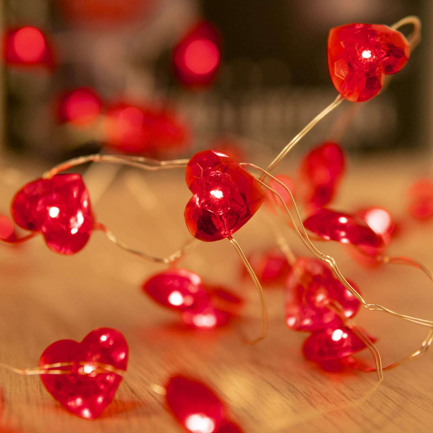 Valentines Day Decor String Lights Red Love Heart Shape Twinkle Fairy Lights 10FT 40LEDs Holiday Lighting Decoration with Remote Control and Battery Box for DIY Wedding Indoor Outdoor Party