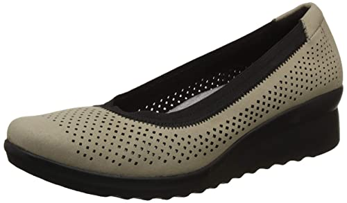 4ef7008f4ab Clarks Women s Caddell Trail Pumps  Buy Online at Low Prices in ...