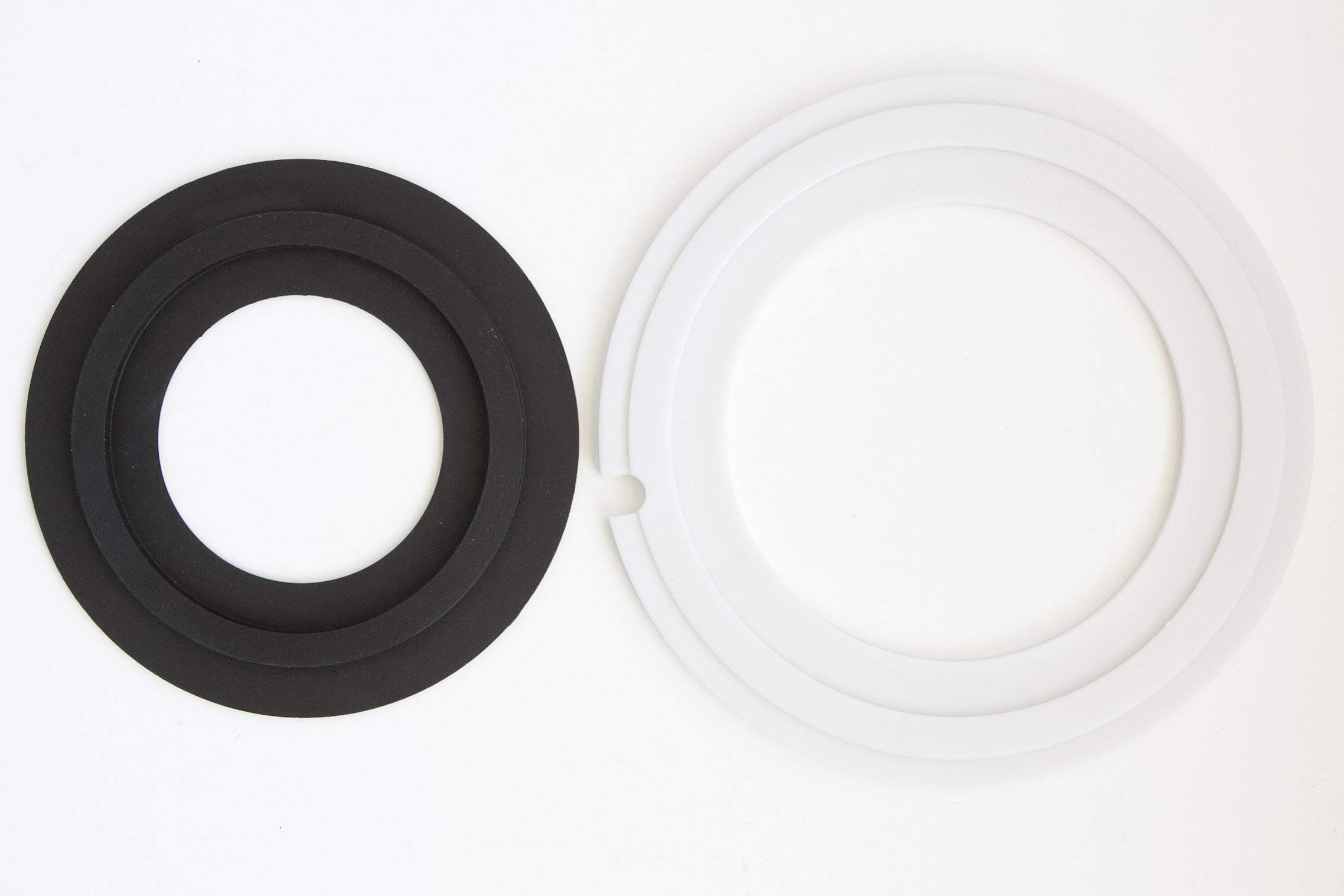 Replacement for Dometic 385311462, 385310677 Improved RV toilet seal kit. (Without overflow holes) by Spray Quick
