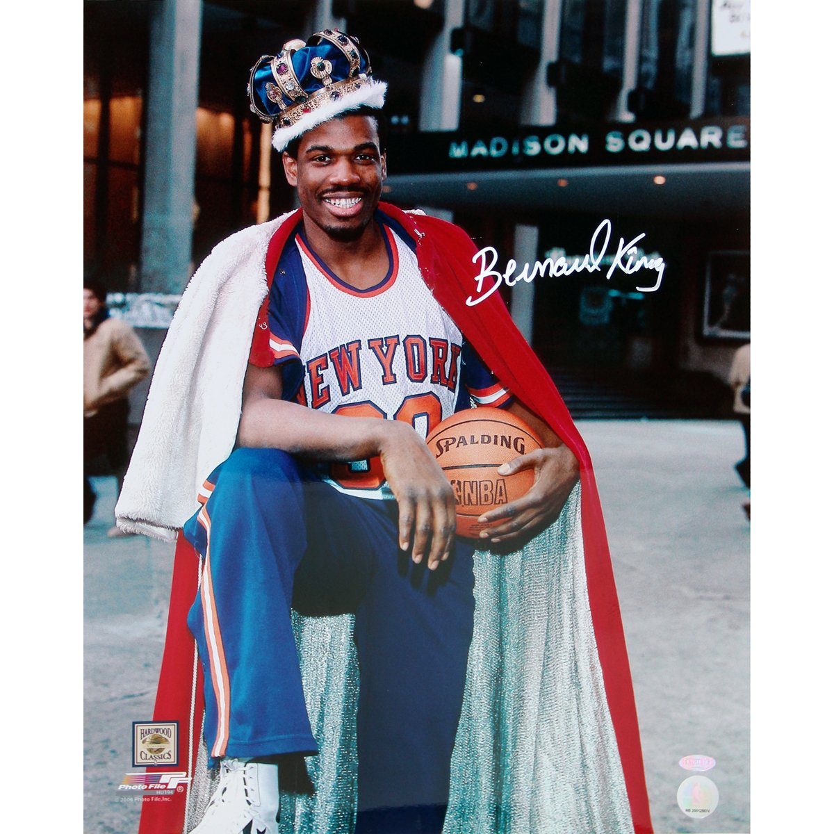 NBA New York Knicks Bernard King with Crown in Front of the Garden Vertical Photograph, 16x20-Inch