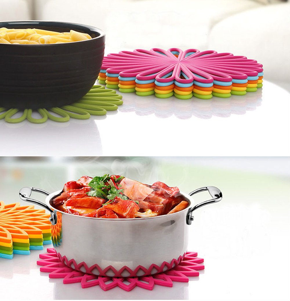 ME.FAN 3 Set Silicone Multi-Use Flower Trivet Mat - Premium Quality Insulated Flexible Durable Non Slip Coasters Hot Pads Yellow by ME.FAN (Image #2)