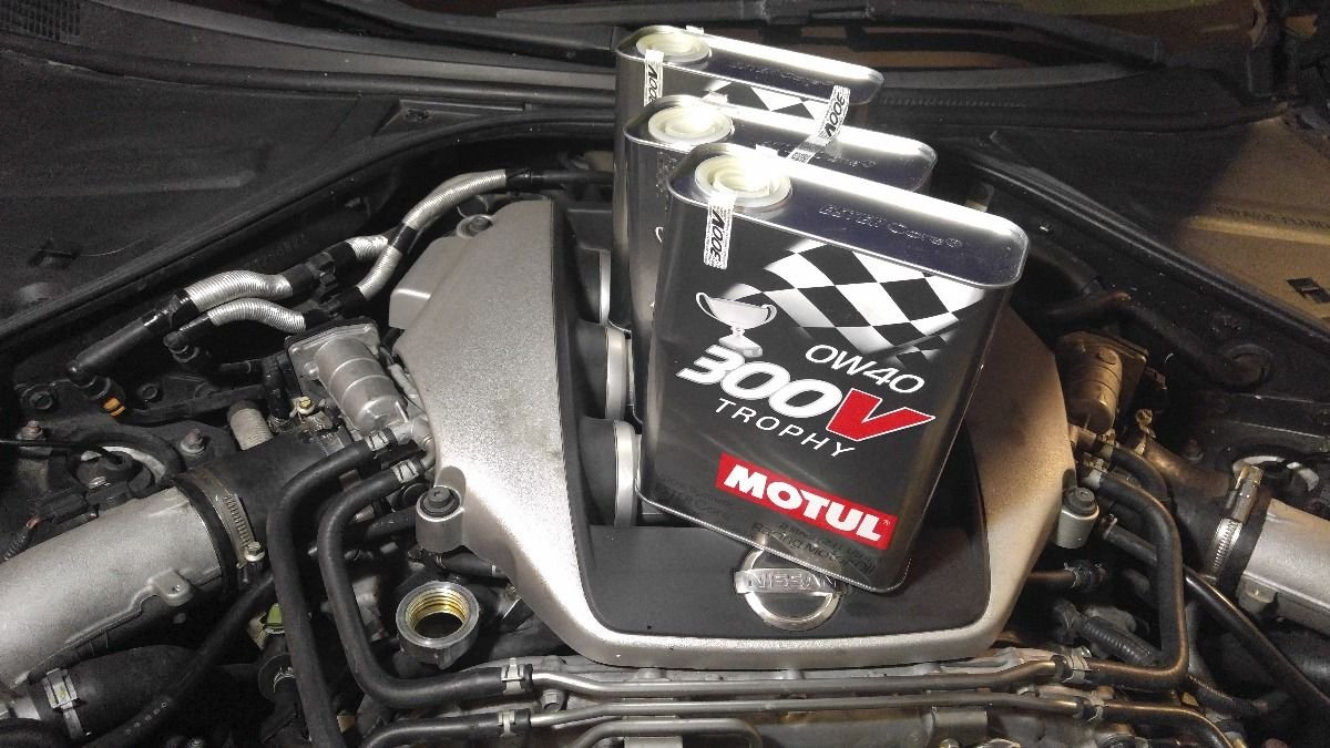 Lubricante Motor Alta Competición - Motul 300V Trophy 0W-40, 4 litros (3 x 2 lts): Amazon.es: Coche y moto