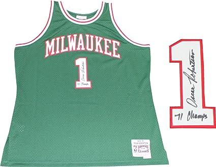 Oscar Robertson 71 Champs Autographed Milwaukee Bucks Mitchell   Ness Jersey  ... 674ac54dc