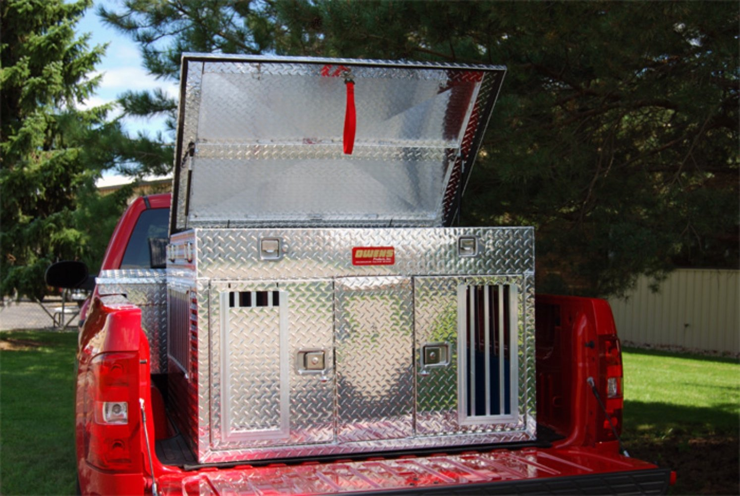 Owens Products, Model 55044, Dog Box for Hunting and Travel ~ Hunter Series Double Compartment Diamond Plate Aluminum Dog Crate, with Top Storage - TALL