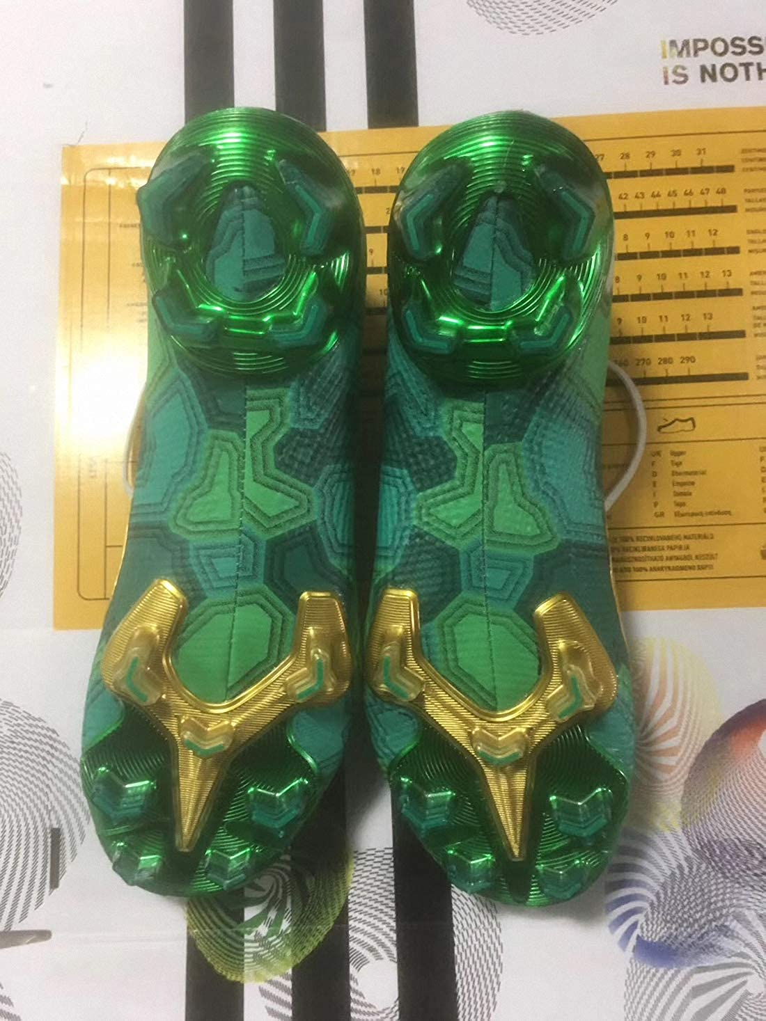 7 Chaussures de Football Homme Sport Femme VII Sneaker Basket FG/MG Mixte Adulte de Course Outdoor Shoe Green