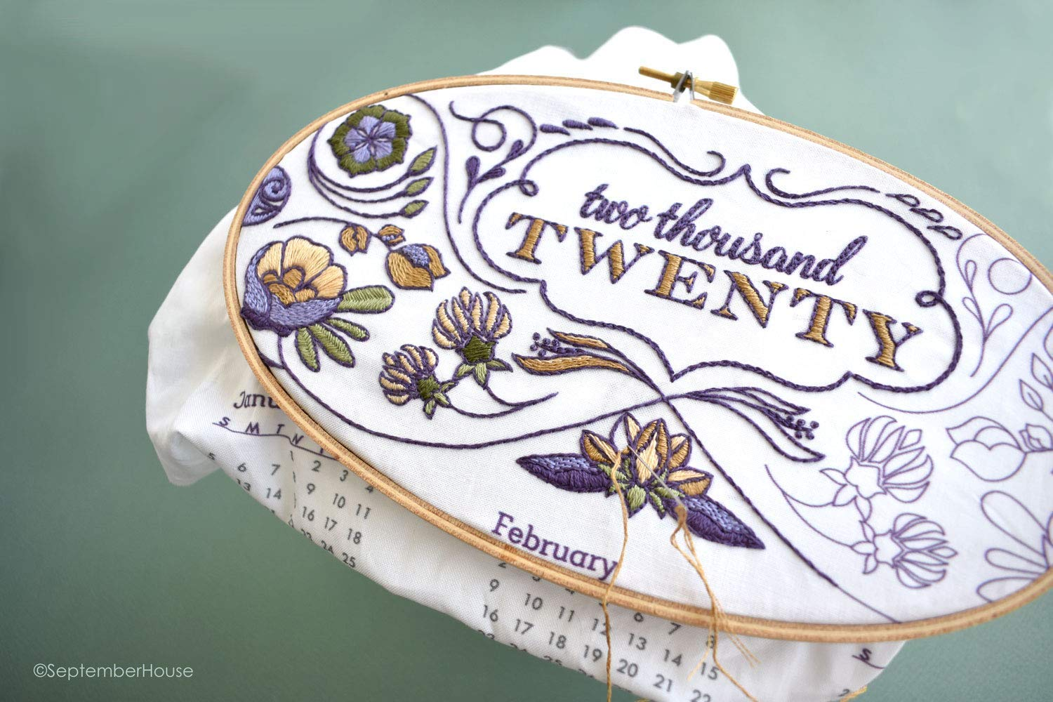 2020 Calendar Embroidery Kit mit Matching Floss