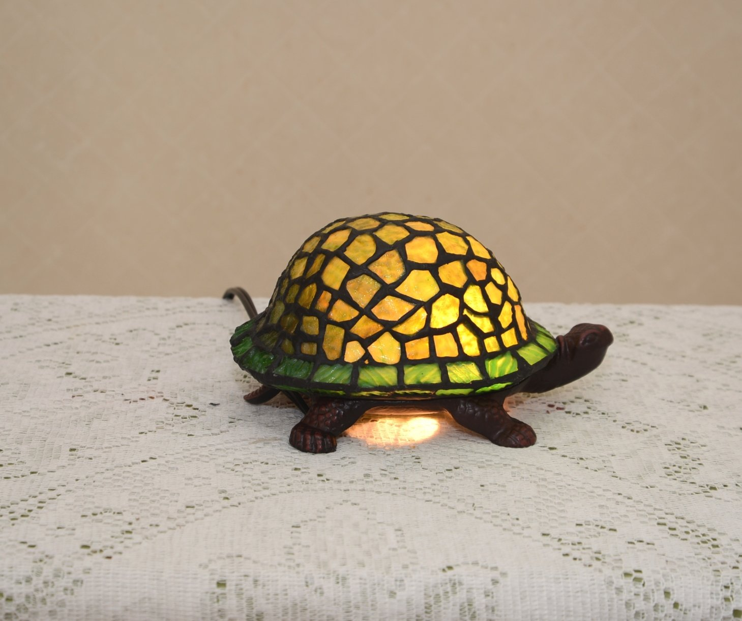 Stained glass tiffany style green turtle night light table desk stained glass tiffany style green turtle night light table desk lamp metal base amazon mozeypictures Gallery