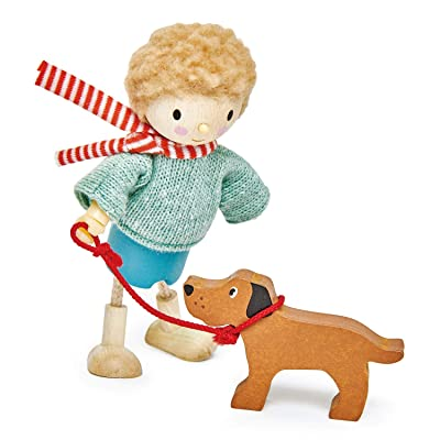 Tender Leaf Toys - The Goodwood Family - Wooden Action Figure Dollhouse Miniatures Dolls - Encourage Creative and Imaginative Fun Play for Children 3+ (Mr. Goodwood and His Dog): Toys & Games