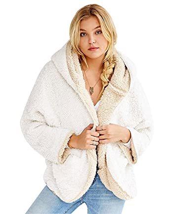8411a6cee Choies Women's Beige Junior Batwing Sleeves Cute Faux Fur Winter Hooded  Cardigan Coat S
