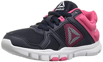 Reebok Unisex Yourflex Train 10 Sneaker, Collegiate Navy/Twisted Patent_B, 2.5 M US Little Kid