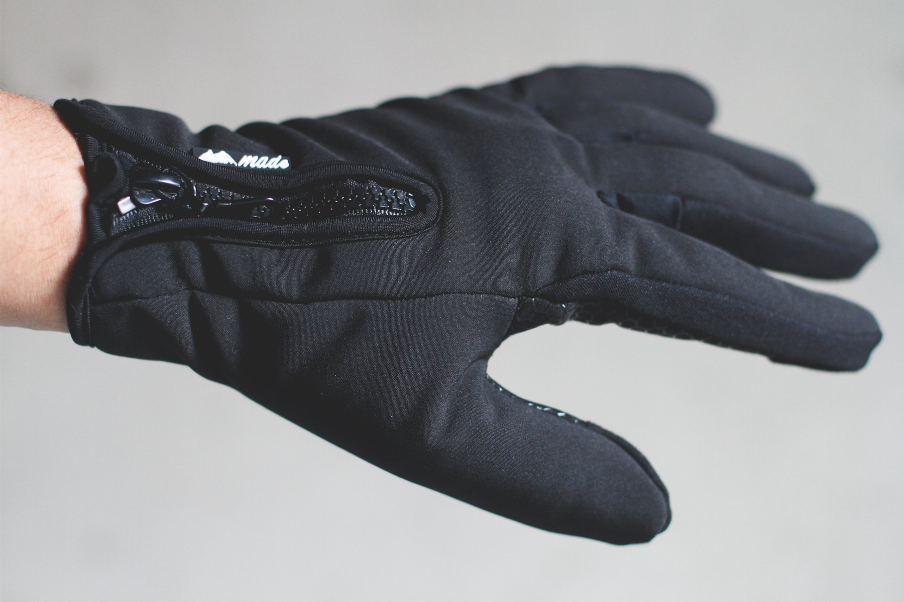 Mountain Made Cold Weather Gloves for Men and Women 2.0 with NEW UPGRADED ZIPPPERS,black,large by Mountain Made (Image #5)