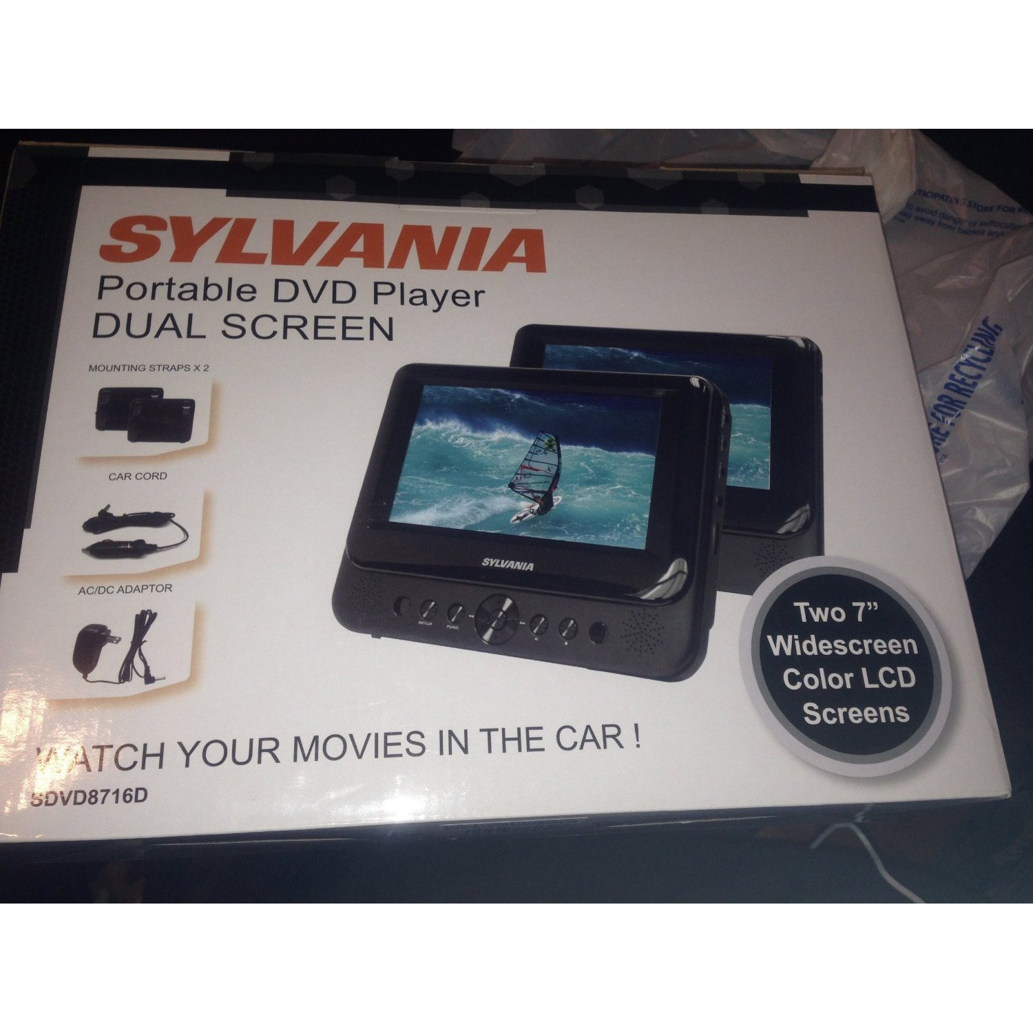 SYLVANIA 7'' DUAL SCREEN PORTABLE DVD (Certified Refurbished) by Sylvania (Image #1)