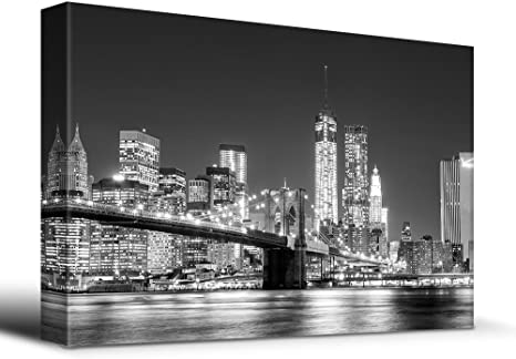 Canvas Art 32x48 inches Black and white Manhattan Skyline and Brooklyn Bridge