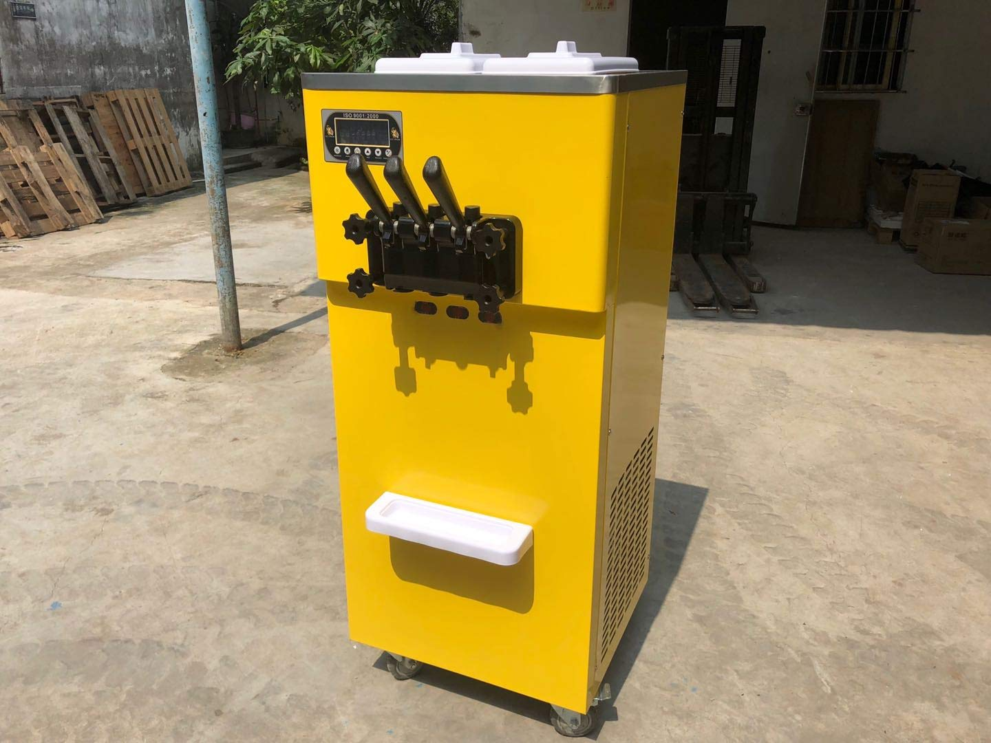 Free shipment to door High capacity 3 flavors taylor soft serve ice cream machine 2+1 mixed flavors soft ice cream machine auto precooling,counting function with full refrigerant,Stainless steel beater, gear box, Panasonic compressor