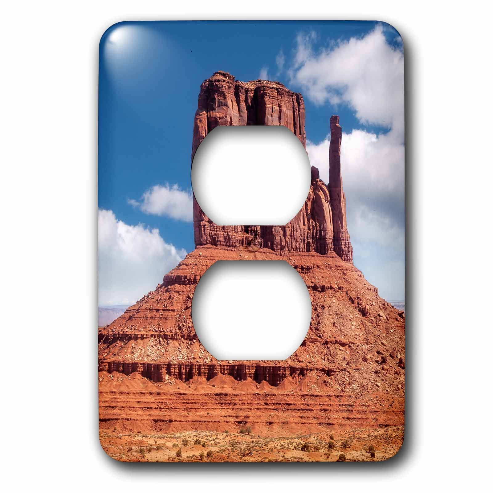 3dRose DanielaPhotography - Landscape, Nature - East Mitten Butte in Monument Valley, Navajo Tribal Park, Utah, USA - Light Switch Covers - 2 plug outlet cover (lsp_282009_6)
