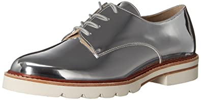 Stuart Weitzman Women's Metro Oxford, Tin, ...