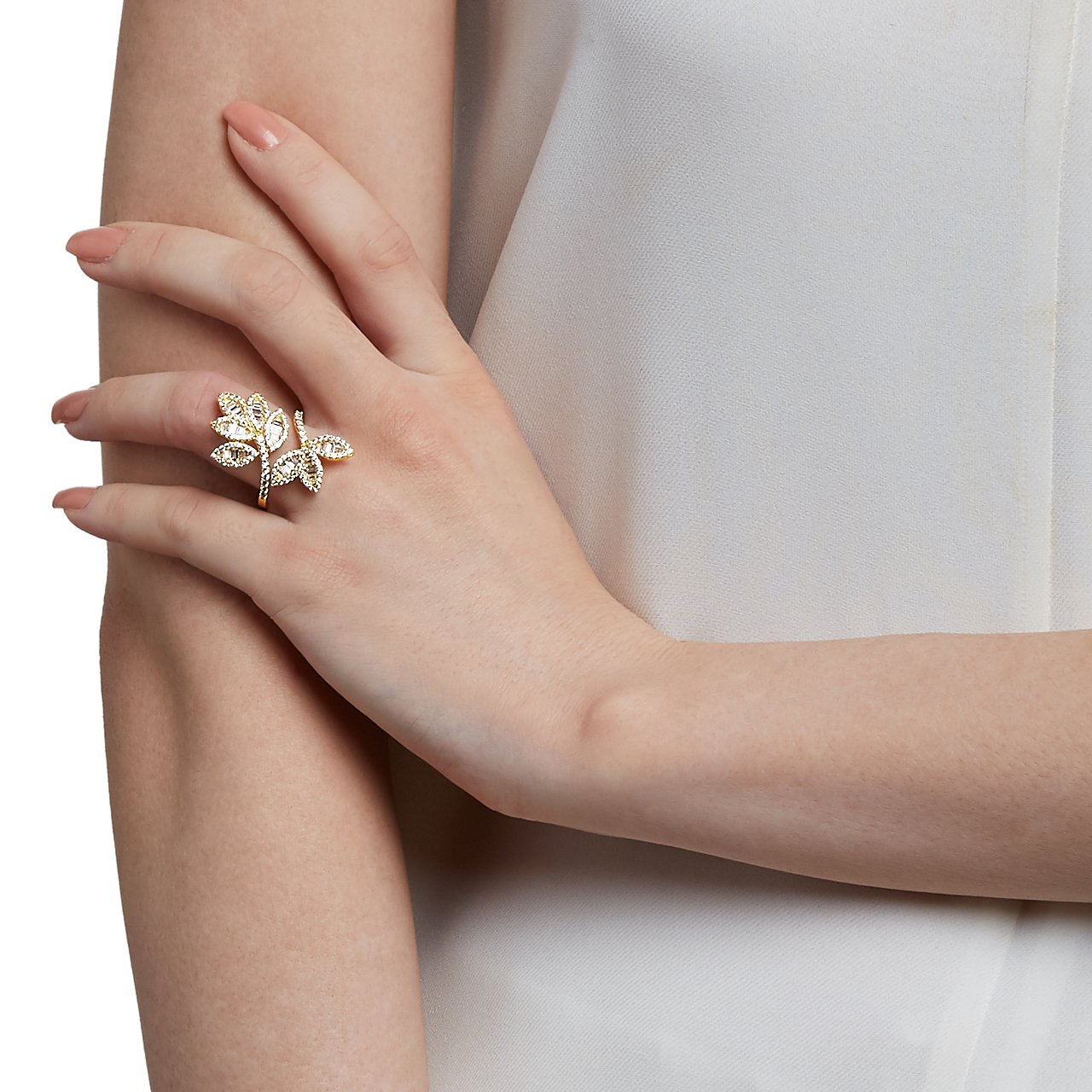 4dec44ee4 Amazon.com: shaze Hannah Gold Ring |Rings for Women Stylish|Ring for  Girlfriend: Jewelry