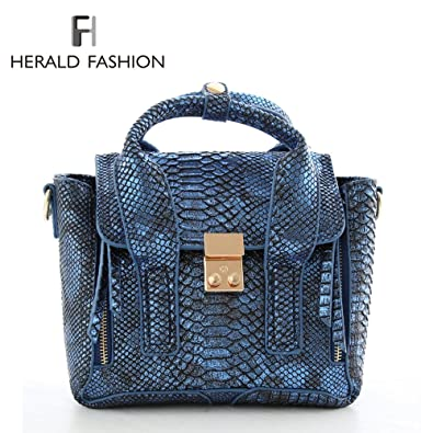 Herald Fashion Unique Design Serpentine Leather Women s Bag Smiley Women  Shoulder bag Vintage Embossed Crocodile Tote Bag Bat  Amazon.co.uk  Shoes    Bags 5d218b9d61e00