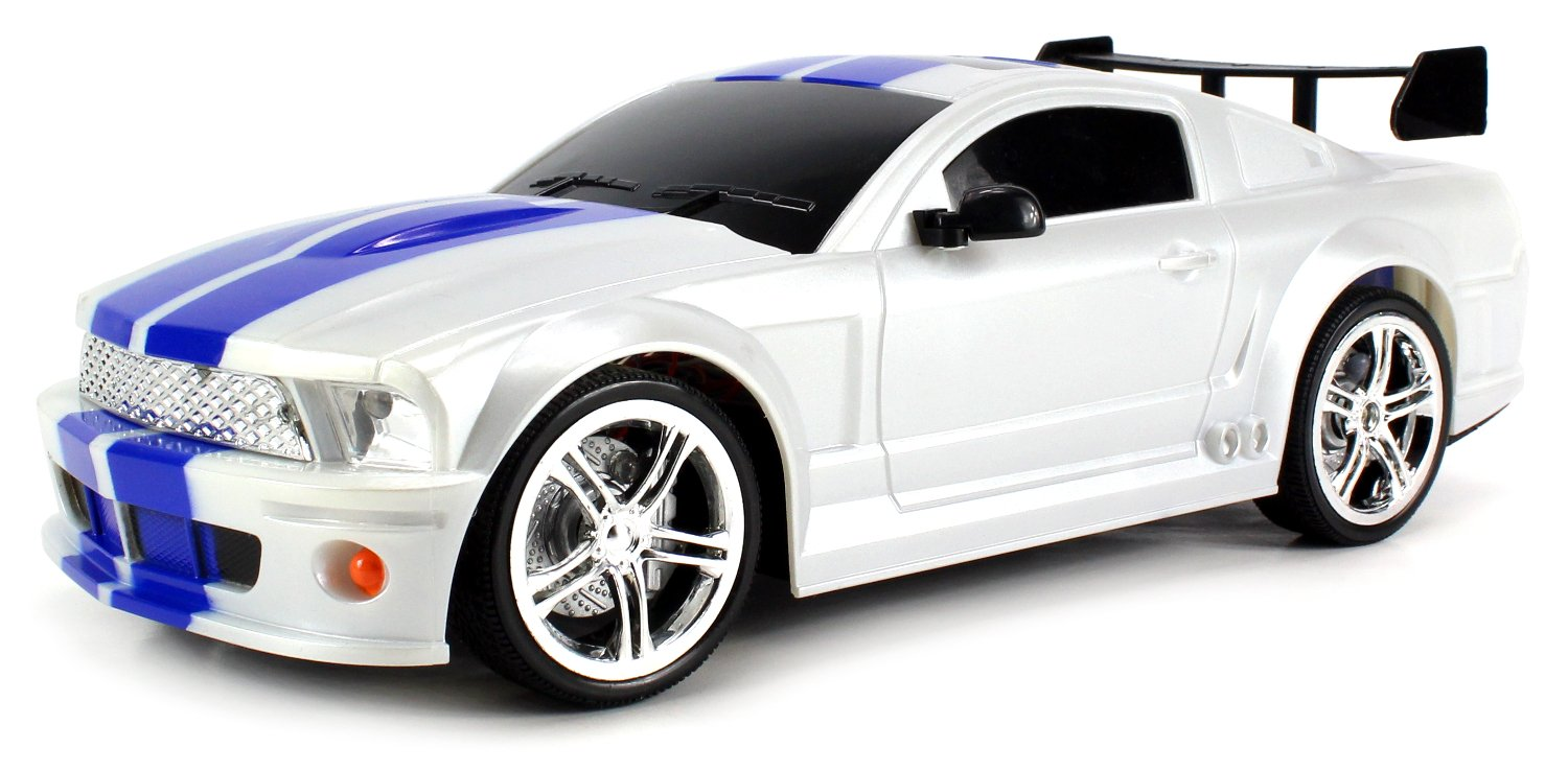 Amazon com ford mustang gt500 kr remote control rc car 114 scale size rtr w rechargeable battery colors may vary toys games