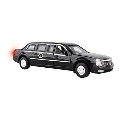 Daron Presidential Pullback Limo W/Lights HS5700: Toys & Games