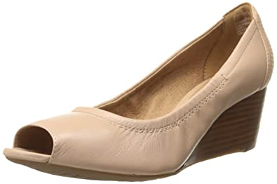 aaad0ff52d2 Clarks Women s Burmese Art Wedge Pump