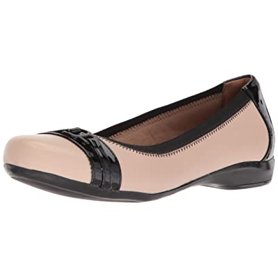 Clarks Women's Kinzie Light Loafer Flat | Loafers & Slip-Ons