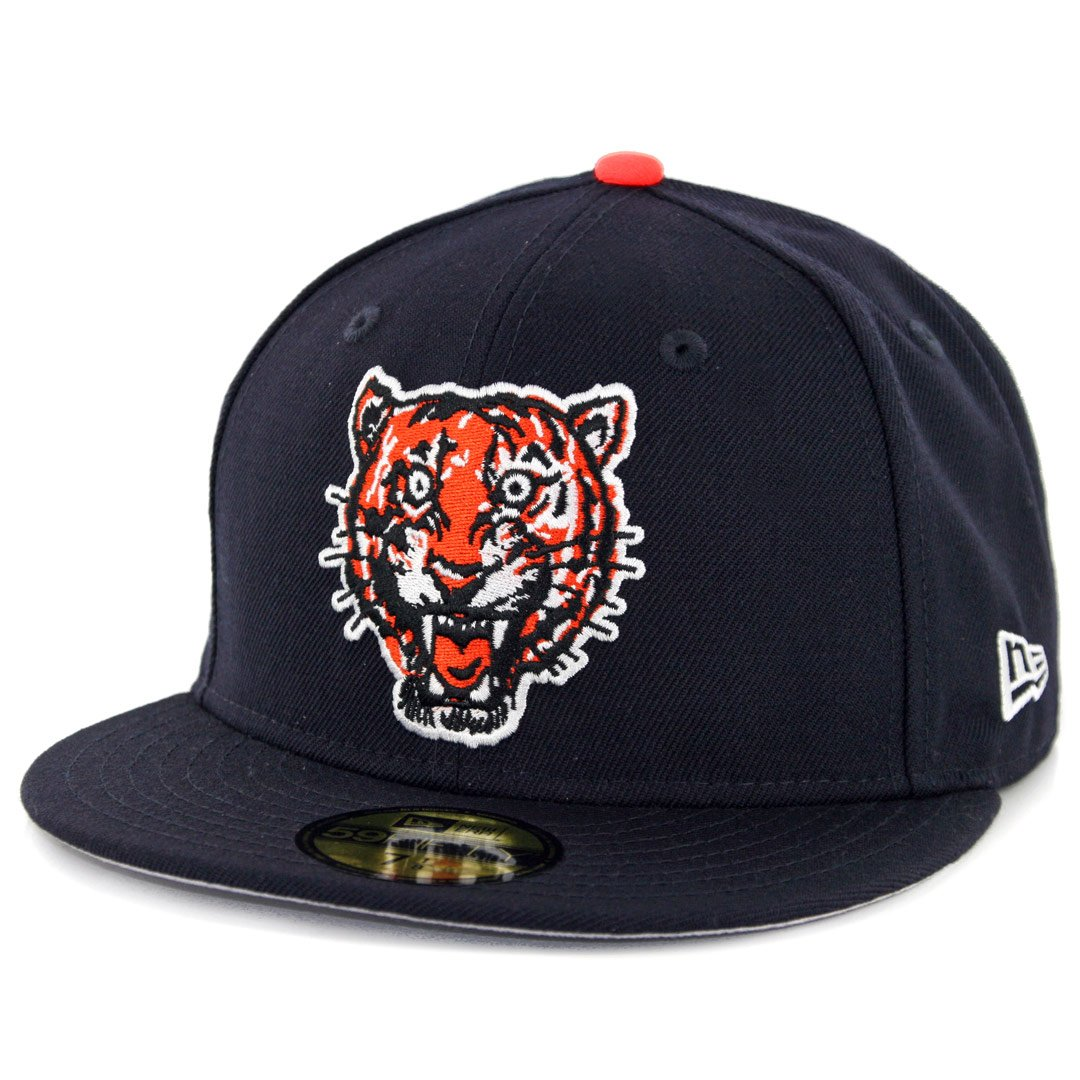 c89777e226e67a Amazon.com : New Era 5950 Detroit Tigers Coop Wool 1957