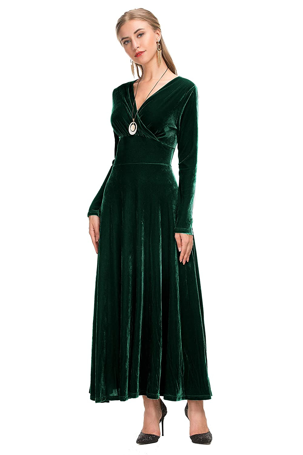 add23e39b5 Le Vonfort Women s Vintage Velvet Scoop Neck Vneck Long Sleeve Swing A Line  Maxi Dress at Amazon Women s Clothing store