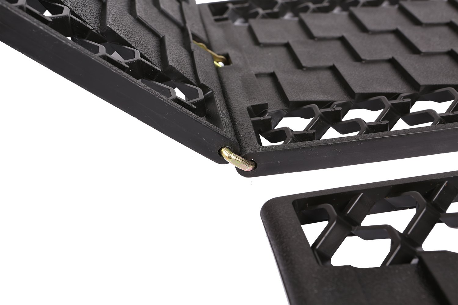 OFFROAD BOAR Foldable Auto Traction Mat Tire Grip Aid, Best Snow Chain Alternative(Black) by OFFROAD BOAR (Image #4)