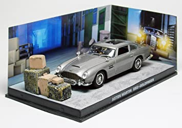 007 James Bond Car Collection 25 Aston Martin Db5 Goldfinger Amazon De Spielzeug