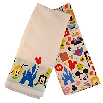 Amazon.com: Disney Parks Mickey Mouse and Friends Colorful Kitchen ...